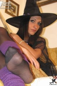24.10.2010 · Valentina · Pantyhose