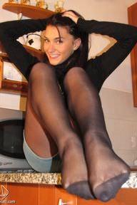 27.02.2011 · Valentina · Pantyhose